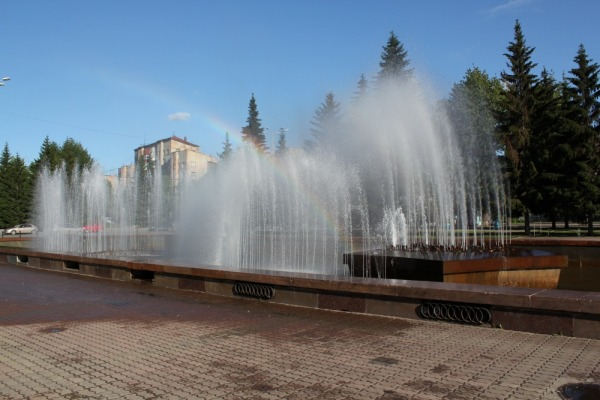 Фонтан на площади Советской Армии