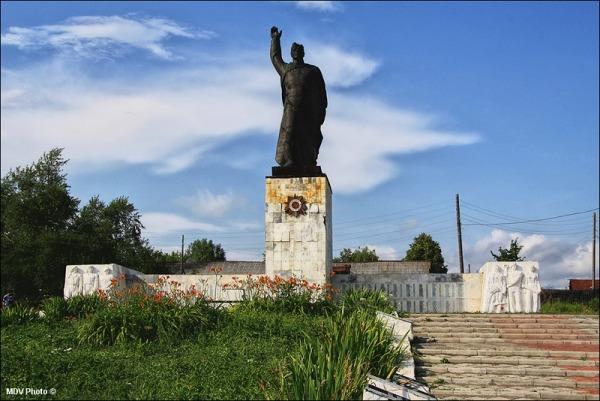 Мемориал войнам погибшим в годы ВОВ