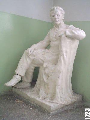 Скульптура Володя Ульянов